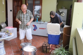 Hanoi home brewers